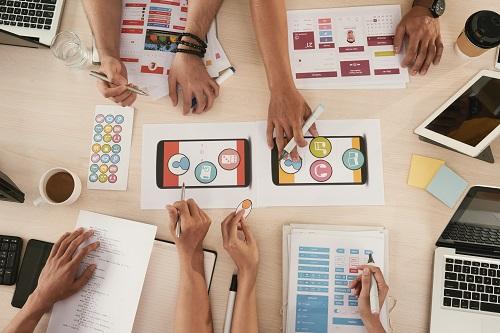 Confier la création d'application mobile à Synertic Paris